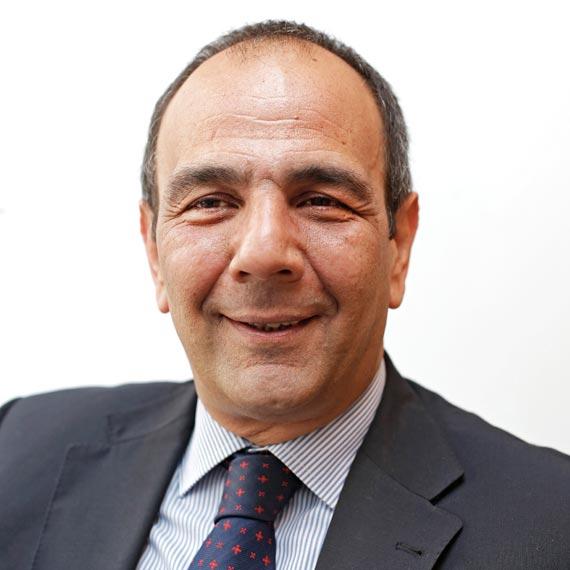 Dr. Claudio Maruottolo- Equipo - IMQ AMSA